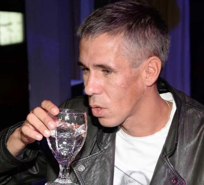 Какие отечественные актеры имели проблемы с алкоголем