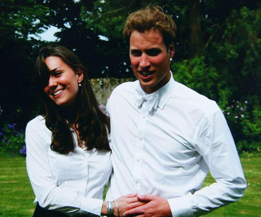 Как развивались отношения Кейт Миддлтон и принца Уильяма до свадьбы